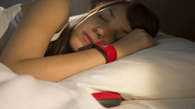 Your Long-Distance Relationship Could Live with These Gadgets and Apps