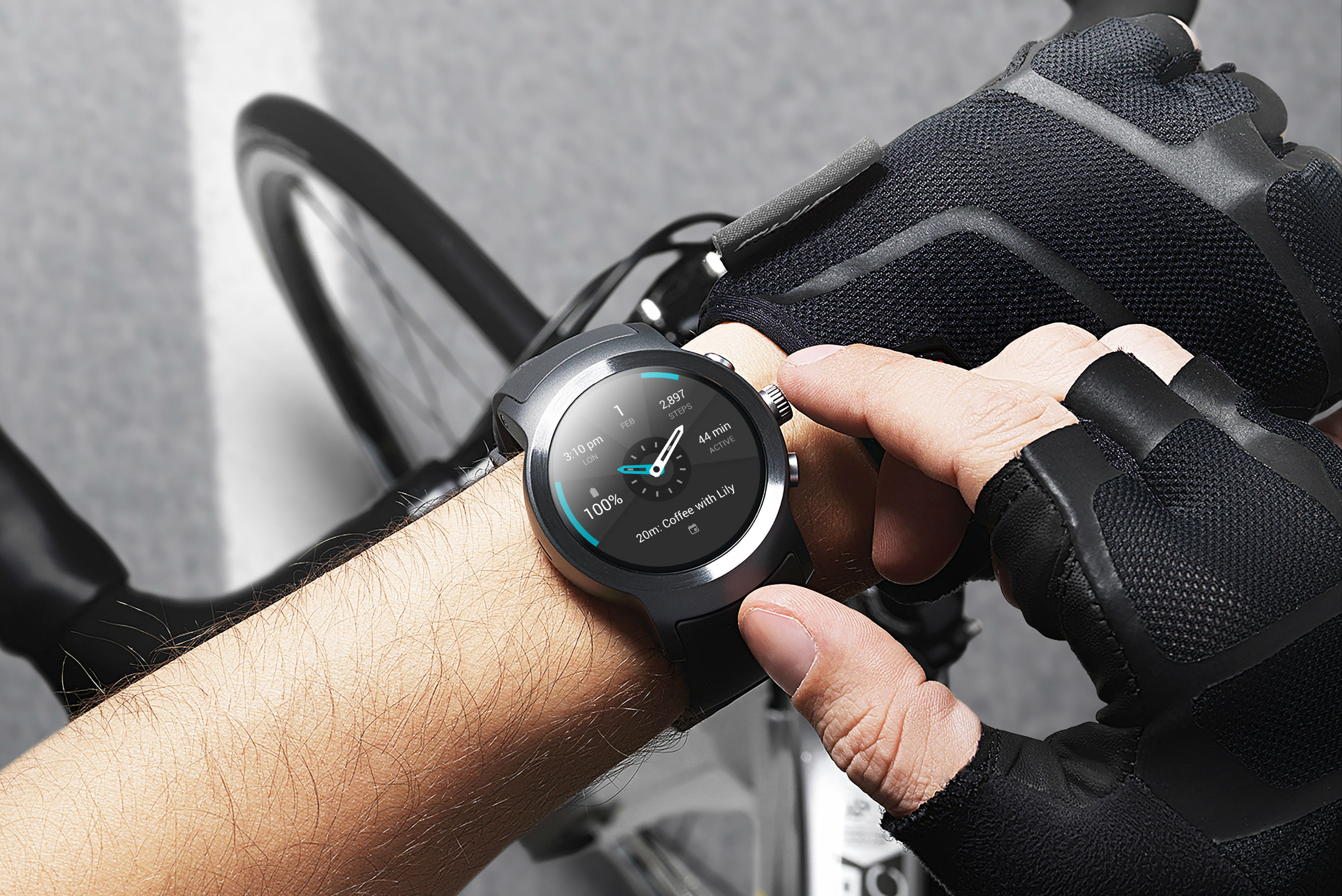 LG WATCH Sport bike.jpg
