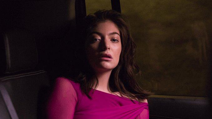 Lorde Updates Fans On New Album