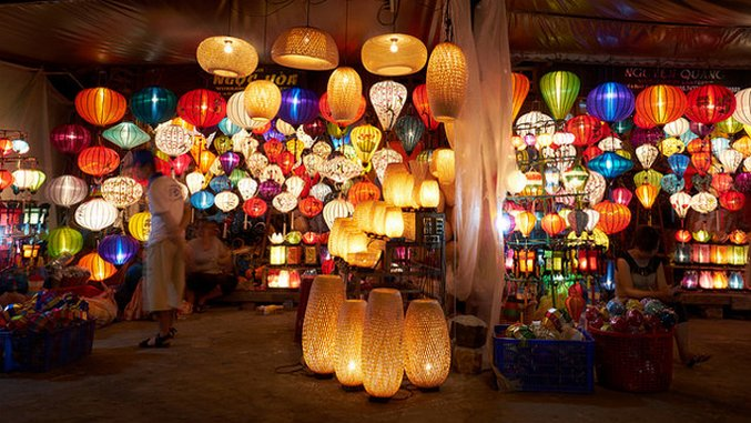 The Bucket List: 8 Awesome Night Markets in Asia