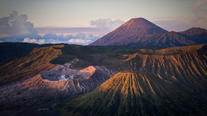 The Bucket List: 7 ​Active Volcanoes You Should Brave