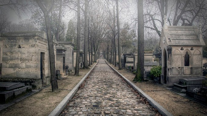 The Bucket List: 7 Famous Cemeteries