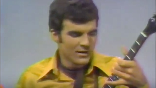 Watch an Unknown Steve Martin Play Banjo With Glen Campbell in 1969