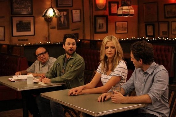 "<i>It's Always Sunny in Philadelphia</i> Review: ""Reynolds vs. Reynolds: The Cereal Defense"" (Episode 8.10)"