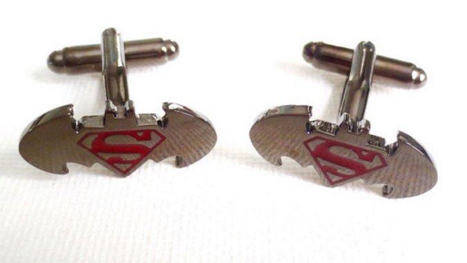 20 <i>Batman v Superman</i> Crafts on Etsy