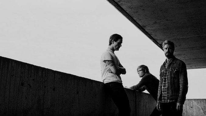 """METZ Share Video For New Single """"Hail Taxi"""""""