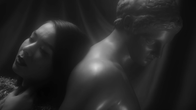 "Mitski Smolders in Black-and-White ""Washing Machine Heart"" Video"