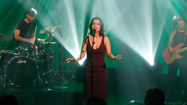 "Watch Mitski Perform ""Nobody"" and ""Two Slow Dancers"" on <i>Jimmy Kimmel Live!</i>"