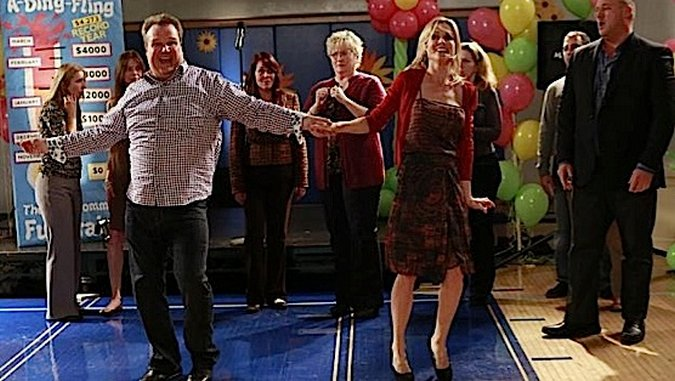 <i>Modern Family</i> Review: &#8220;Spring-a-Ding-Fling&#8221; (Episode 5.16)