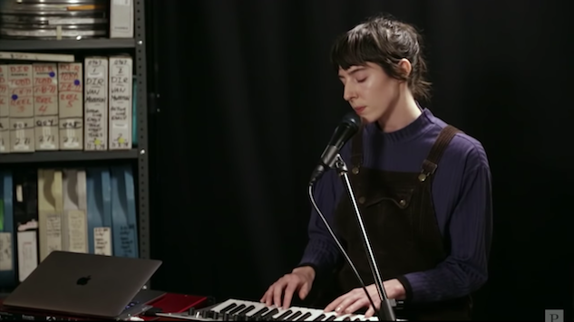Watch Mothers' Experimental Rock Set in the <i>Paste</i> Studio