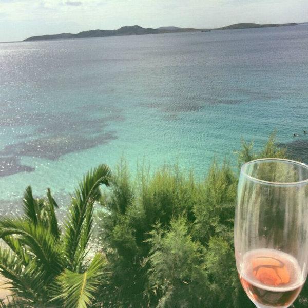 Mykonos_1_view_champagne.jpg