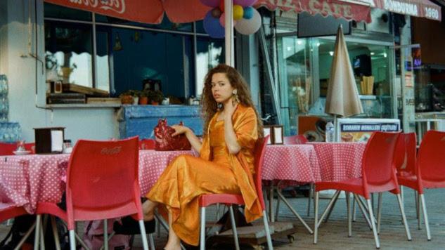 "Watch Nilüfer Yanya's New Music Video for ""Paradise"""