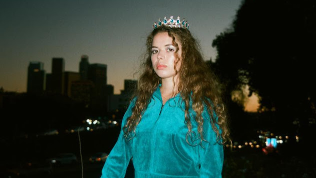 "Daily Dose: Nilüfer Yanya, ""Heavyweight Champion of the Year"""