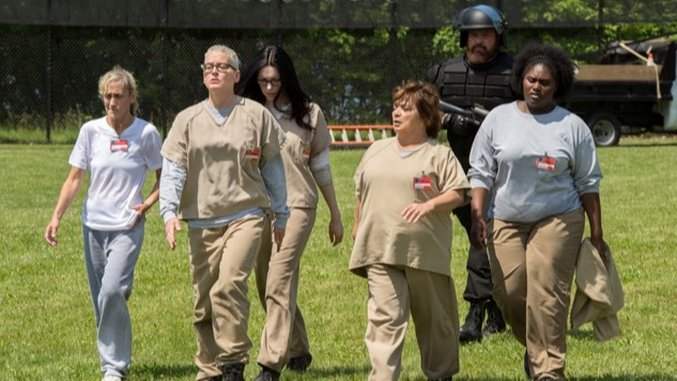 In the <i>Orange Is the New Black</i> Opener, Piper is Still Dull and the System is Still Broken