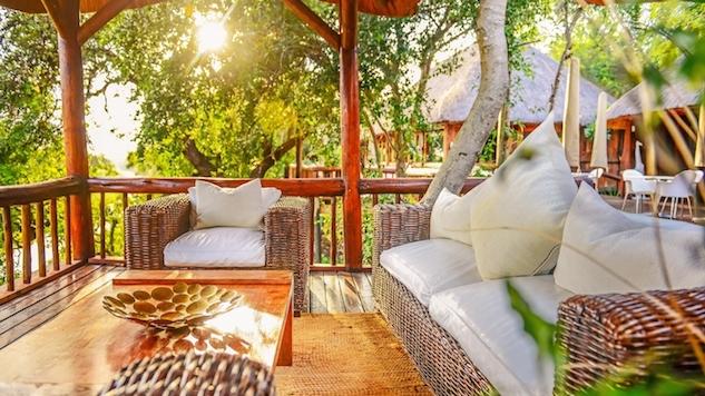 Outdoor Lounge Karongwe courtesy of Karongwe.jpg