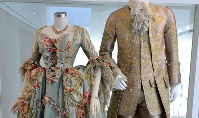 Outlander-costumes-2.jpg