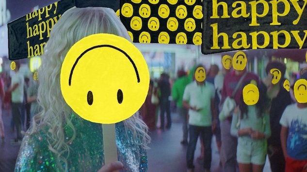 "Everybody in New York City Is ""Fake Happy"" in Paramore's New Video"