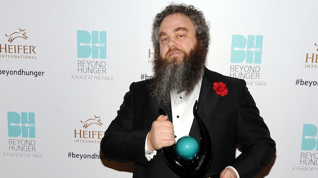 Patrick Rothfuss' Worldbuilders Raises $500,000 in Five Days for Heifer International