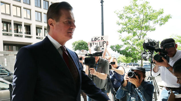Paul Manafort to Await Trial in Jail