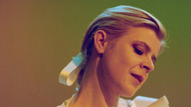 Robyn Announces Fall U.S. Tour Dates
