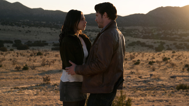 The CW's Lazy <i>Roswell, New Mexico</i> Is the Remake Craze at Its Worst