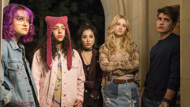 <i>Marvel&#8217;s Runaways</i> Starts Slow, But It's Worth Sticking Around For