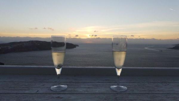 Santorini_1_Prosecco_athermi_suites.jpg