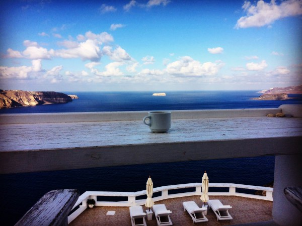 Santorini_5_coffee_pool_view.JPG