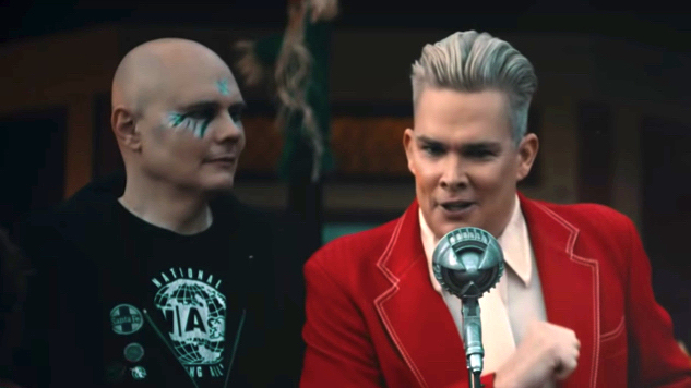 """Watch Smashing Pumpkins Survive a Haunted House in Video for """"Silvery Sometimes (Ghosts)"""""""