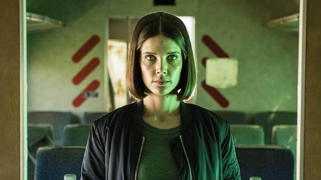 """<i>Humans</i> Star Sonya Cassidy on Attending """"Synth School"""" and the Pros and Cons of AI"""
