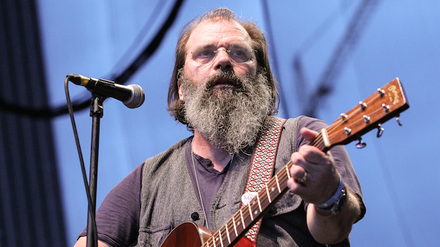 Happy Birthday, Steve Earle! Listen to a Vintage Live Performance in NYC