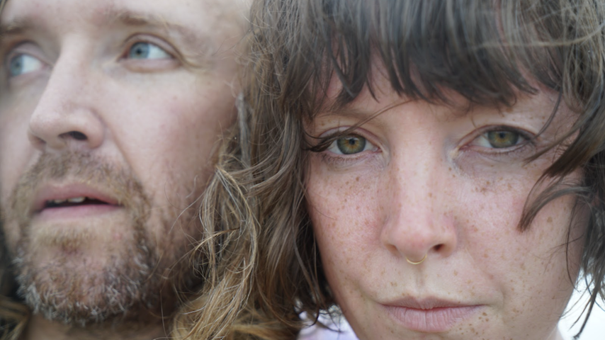 "Sylvan Esso Announce New Album, Release Lead Single ""Ferris Wheel"""