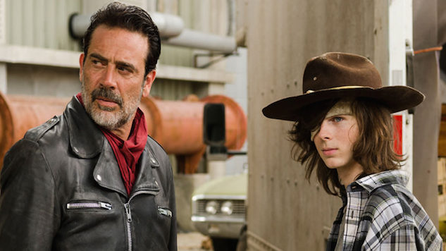 The Solution to <i>The Walking Dead</i>'s Pacing Problem Is Right There in the Comics