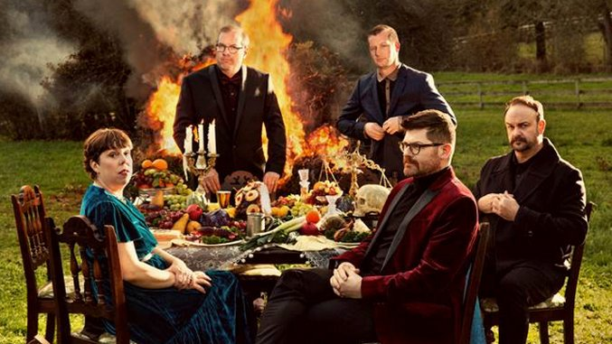 The Decemberists Announce New <i>Traveling On</i> EP