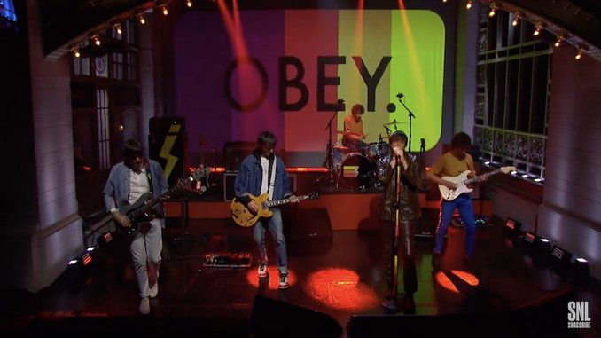 Watch The Strokes Perform Two Songs from <i>The New Abnormal</i> on <i>Saturday Night Live</i>