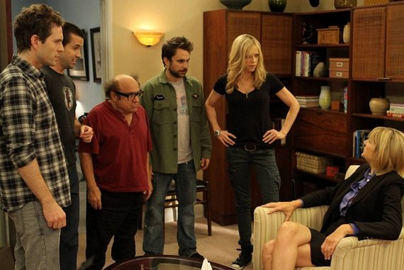 "<i>It's Always Sunny in Philadelphia</i> Review: ""The Gang Gets Analyzed"" (Episode 8.05)"