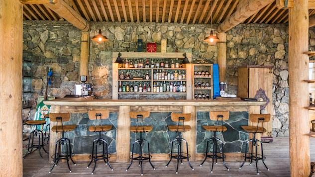 Three Camel Lodge Bar courtesy of Robert Michael Poole.jpg