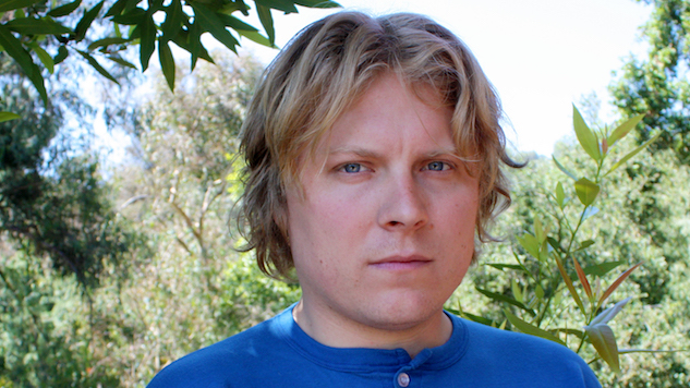 "Ty Segall Announces New Album, Releases Dizzying First Single ""Taste"""