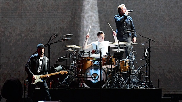 "Watch U2 Cover Leonard Cohen's ""Suzanne"" in Toronto"
