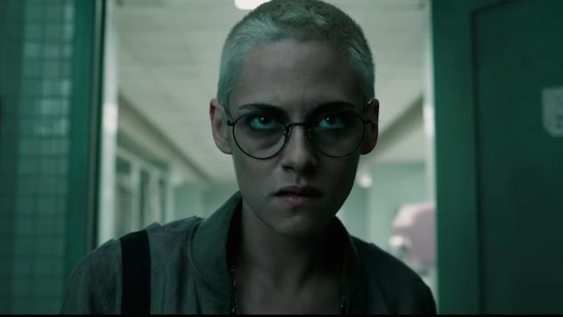 Thalassophobes, Beware: Kristen Stewart Finds Oceanic Scares in <i>Underwater</i> Trailer