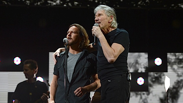 "Watch Eddie Vedder Take Over for Roger Waters on ""Comfortably Numb"""