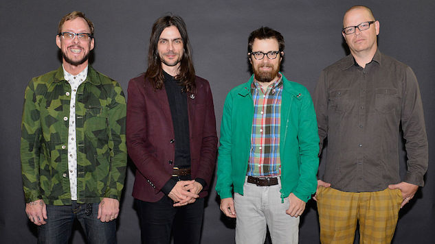 Weezer Surprise with New Covers Album, Tour Dates