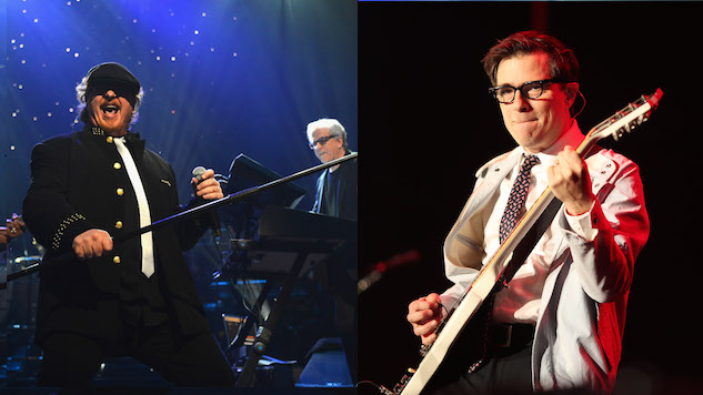 """Toto's Got Their """"Hash Pipe,"""" Covering Weezer in Vancouver"""