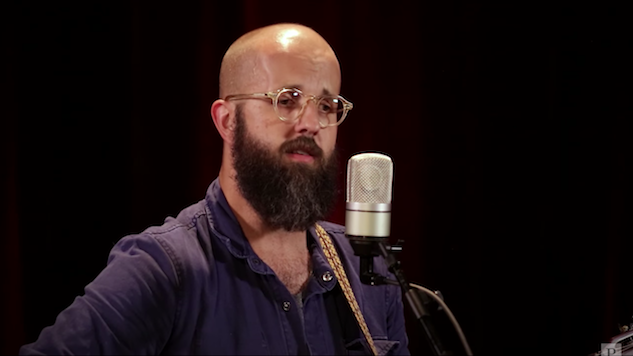 Watch William Fitzsimmons Summon Soothing Indie Folk in the Paste Studio