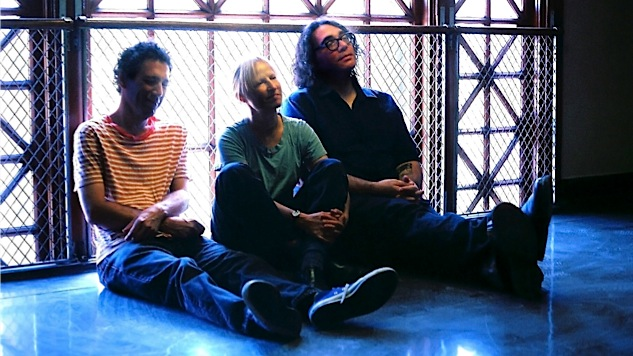 "If There's Really ""a Riot Going On,"" Yo La Tengo Aren't Saying What It Is"