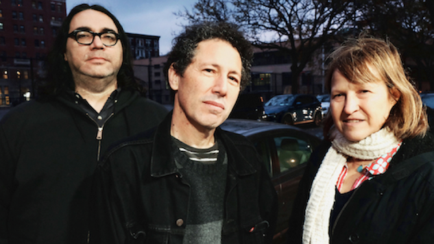 "Yo La Tengo Cover Neil Young's ""Time Fades Away"" for Spotify"