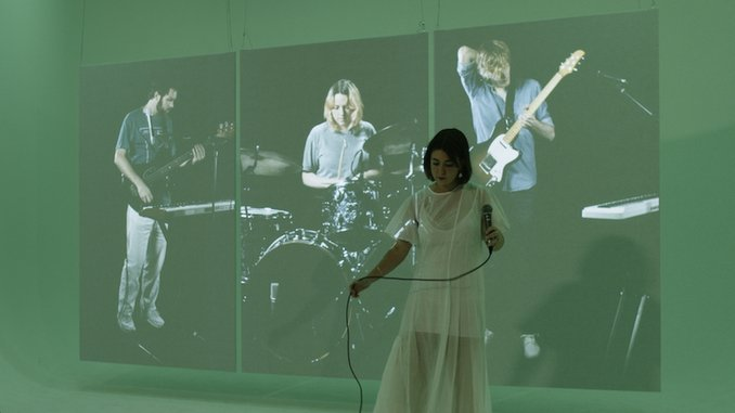 """Yumi Zouma Share Video for """"My Palms Are Your Reference To Hold Your Heart"""""""