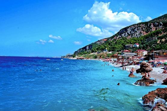 albaniacoast.jpg