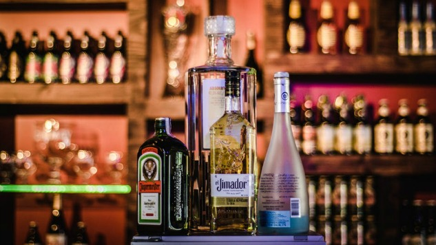 6 Alcohol Delivery Services