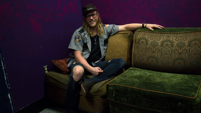 Photos: Behind the Scenes of Allen Stone
